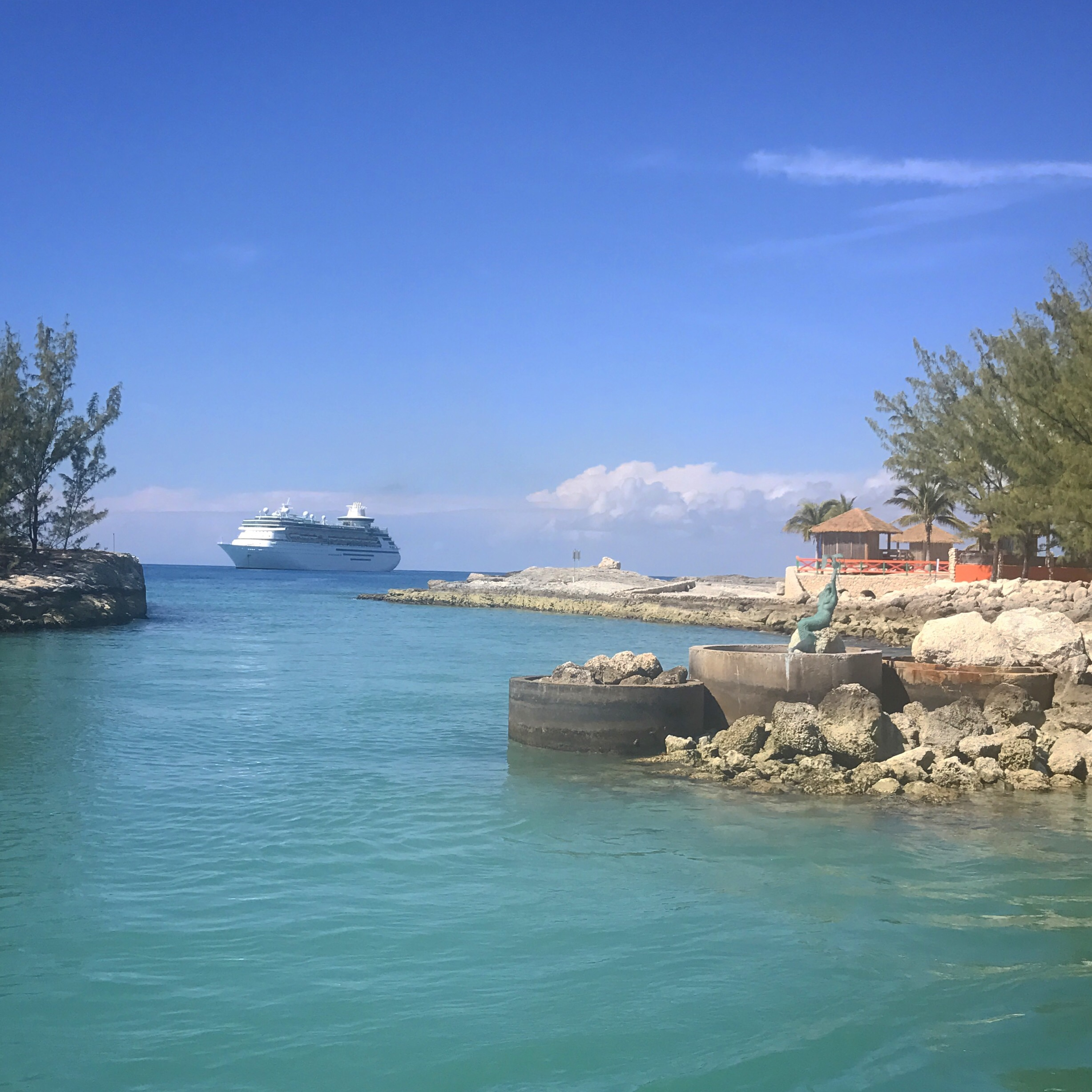 How to Cruise Through the Bahamas for Your Bachelorette Party